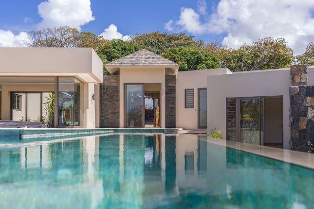 Thumbnail Villa for sale in The Fairways Lakeside, La Place Belgath, Flacq District