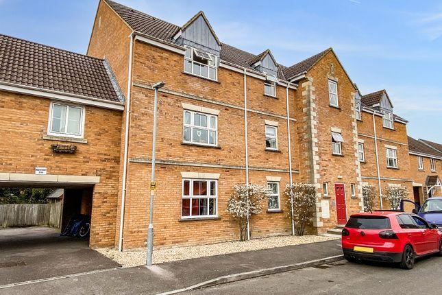 2 bed flat to rent in Brabant Way, Westbury, Wiltshire BA13