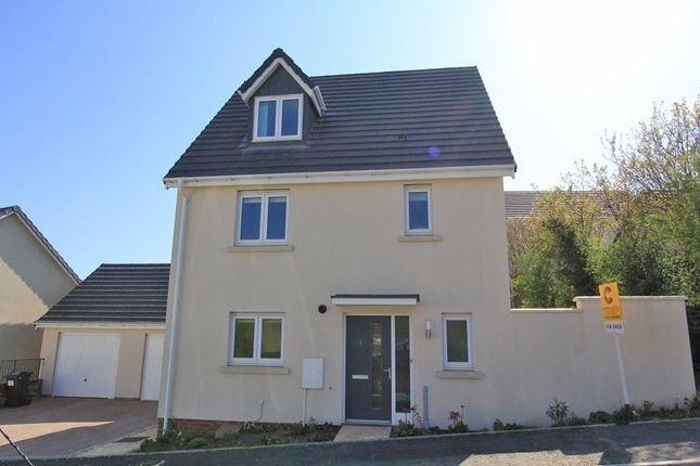 Thumbnail Detached house for sale in Chariot Drive, Kingsteignton, Newton Abbot