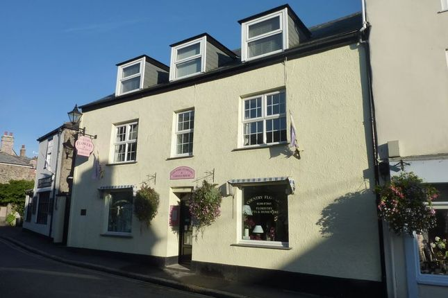 Thumbnail Flat to rent in Fore Street, Lostwithiel