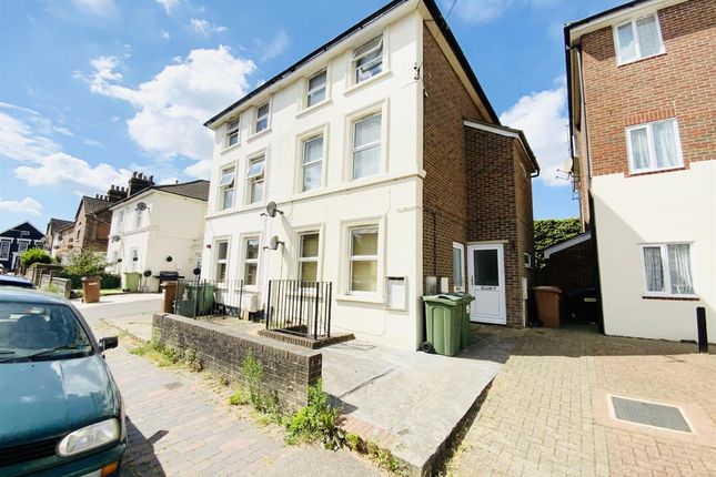 1 bed flat to rent in Bedford Road, Southborough, Tunbridge Wells TN4