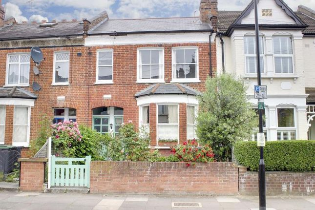 Thumbnail Flat for sale in Crescent Road, London