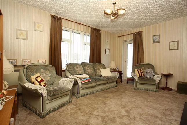 Lounge of Barkerland Avenue, Dumfries DG1