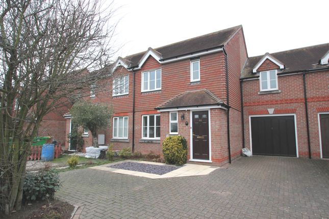 Thumbnail Link-detached house to rent in Gavin Way, Highwoods, Colchester