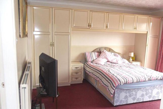 Bedroom 1 of Sandilands Close, Sandilands, Lincs. LN12