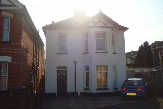 Thumbnail Property to rent in Limited Road, Winton, Bournemouth