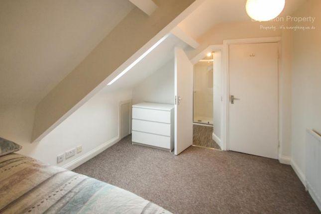 Thumbnail Room to rent in Rothbury Terrace, Heaton, Newcastle Upon Tyne, Tyne And Wear