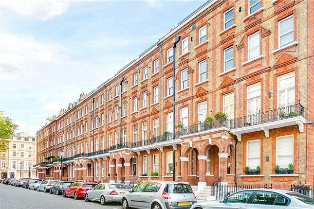 Thumbnail Property for sale in Nevern Square, London