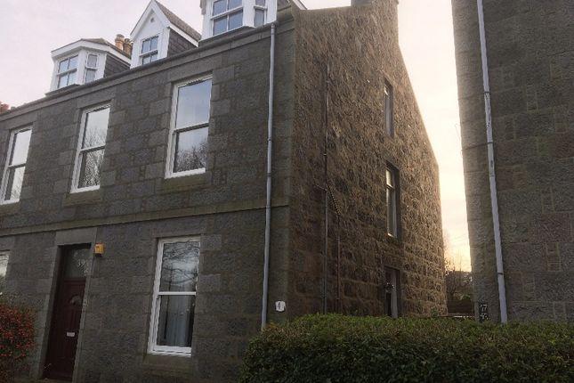 Thumbnail Flat to rent in University Road, Old Aberdeen, Aberdeen