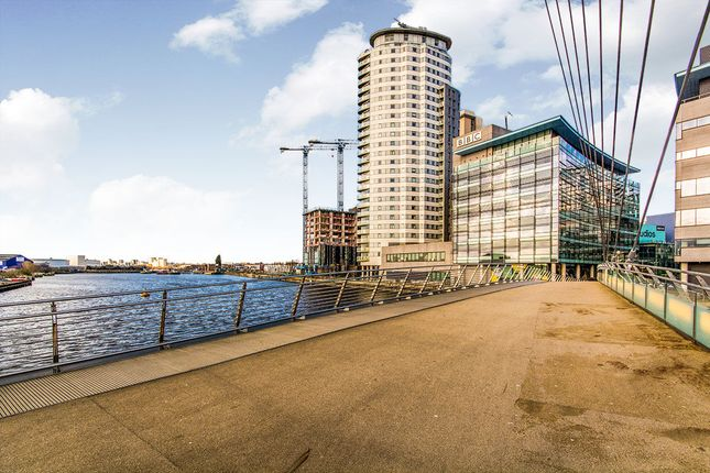 1 bed flat for sale in Blue, Media City Uk, Salford