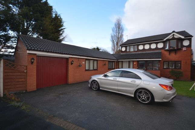 Thumbnail Detached house for sale in Wharton Close, Saughall Massie, Wirral