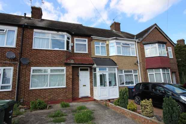Thumbnail Terraced house for sale in The Ride, Enfield Town, Greater London