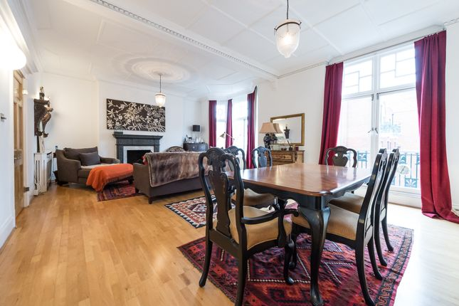 Thumbnail Flat to rent in Portman Mansions, Chiltern Street, London