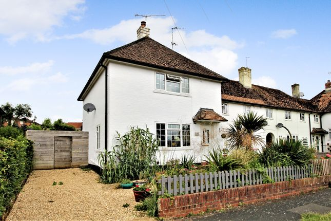 2 bed end terrace house for sale in Whitedown, Alton, Hampshire GU34