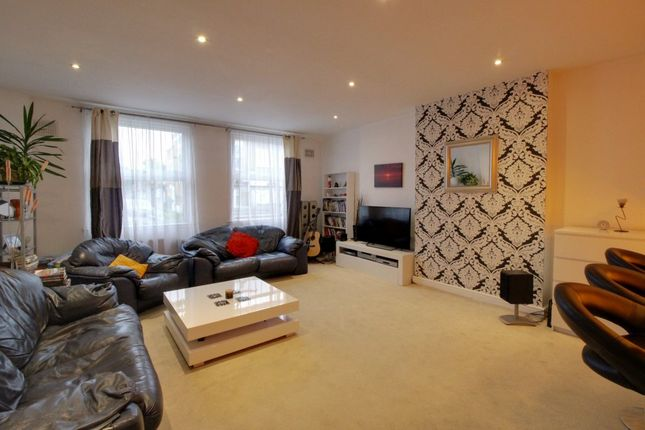 Thumbnail Flat for sale in Cann Hall Road, Leytonstone, London The Metropolis[8]