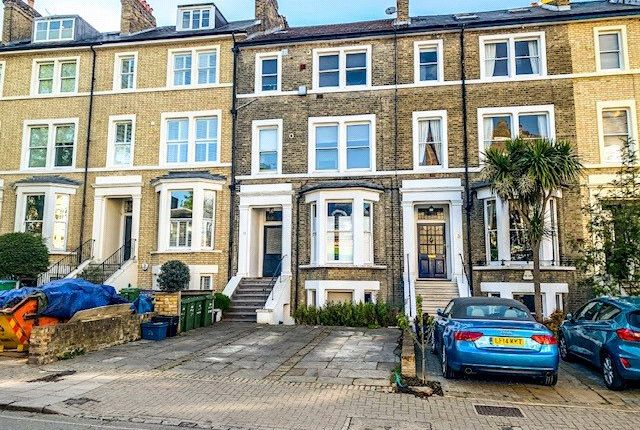 1 bed flat to rent in Friars Stile Road, Richmond, Surrey TW10