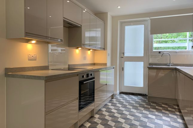 Thumbnail Flat to rent in Breakspeare, College Road, London