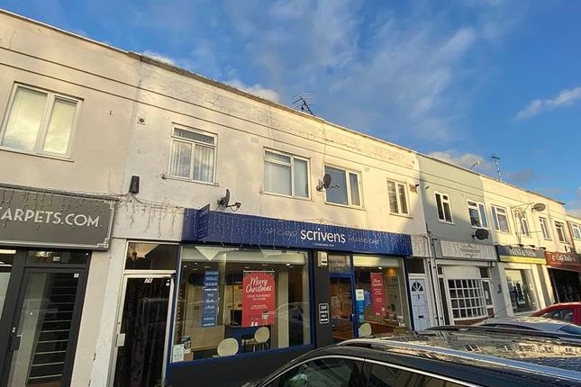 Thumbnail Flat for sale in The Parade, Bourne End