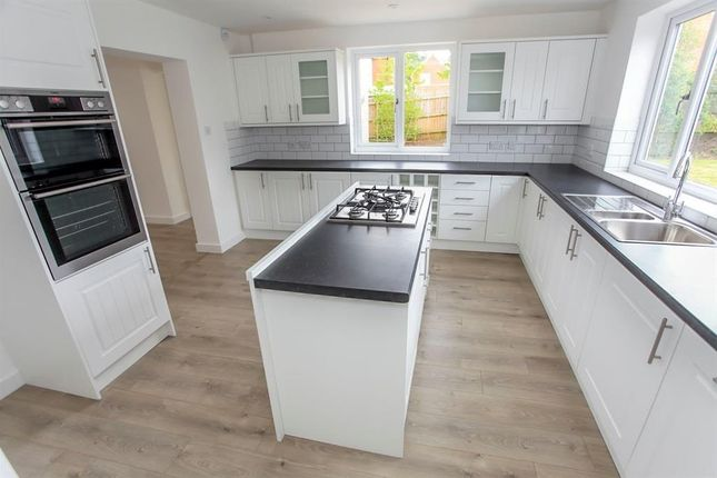 Thumbnail Detached house to rent in Bourne Road, Morton, Bourne