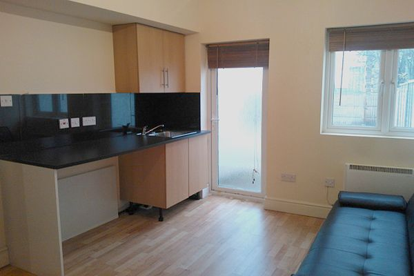 Room to rent in Frederick Place, Woolwich