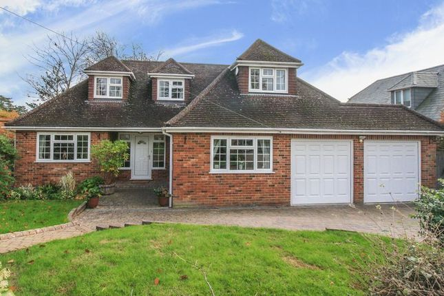 Thumbnail Detached house for sale in Spinfield Mount, Marlow