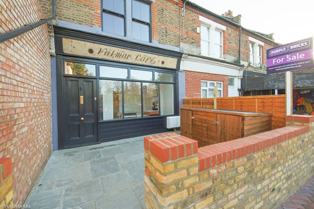 Thumbnail Flat for sale in Maple Road, Penge