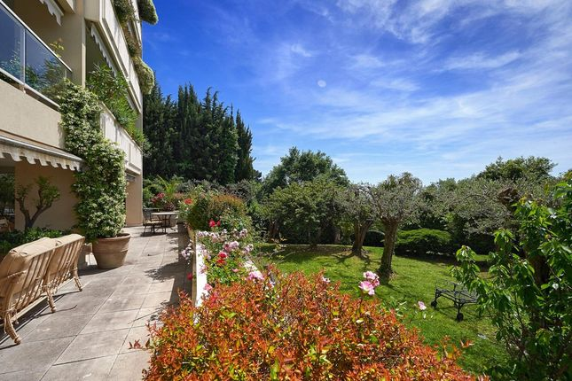 3 bed apartment for sale in Le Cannet, Alpes-Maritimes, France