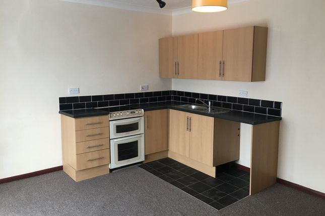Flat to rent in Alma Road, Sheerness