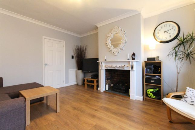 Thumbnail Property to rent in St. Donats Road, Cardiff