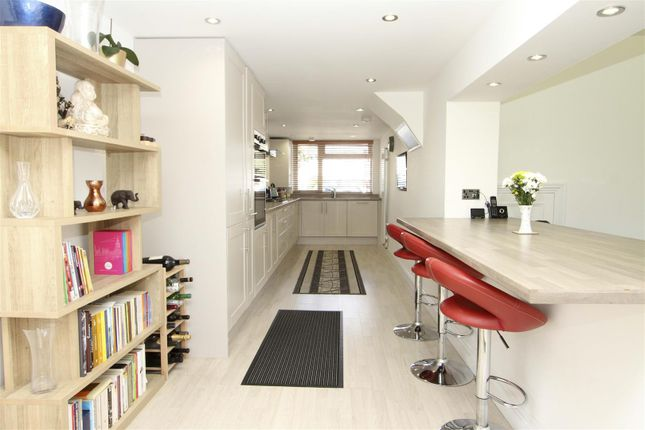 Kitchen 3 of Eleanor Grove, Ickenham UB10