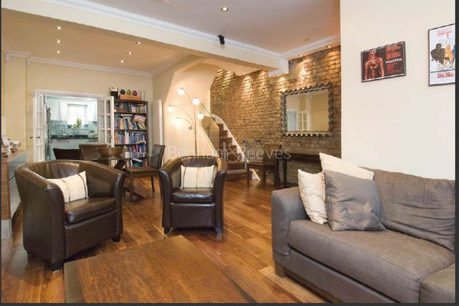 Town house to rent in Violet Hill, St John's Wood