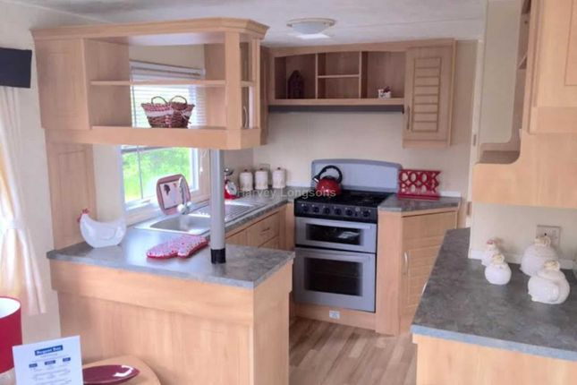 Thumbnail Mobile/park home for sale in Field Lane, Ryde