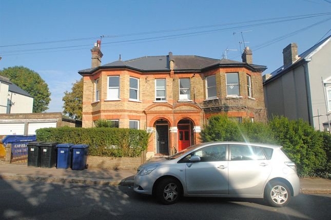 Thumbnail Flat to rent in Hadley Road, New Barnet, Barnet