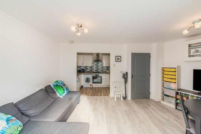 2 bed flat for sale in Ley Farm Close, Garston, Watford WD25