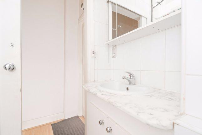 Bathroom of Regent's Park, Marylebone, Central London NW1