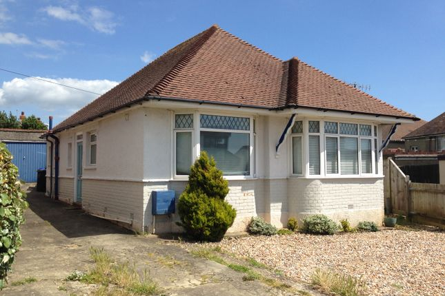 Thumbnail Bungalow to rent in Overhill, Southwick