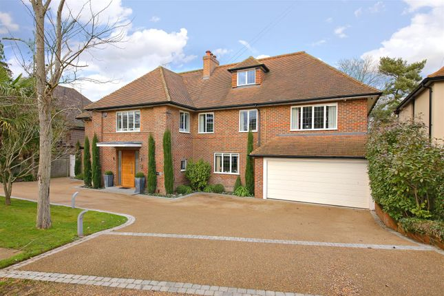 Thumbnail Property for sale in Malthouse Place, Newlands Avenue, Radlett