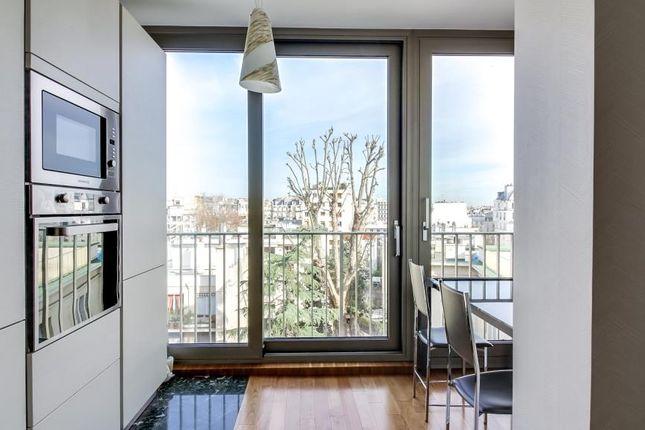 Kitchen of 92200 Neuilly-Sur-Seine, Neuilly-Sur-Seine (Commune), Neuilly-Sur-Seine, Nanterre, Hauts-De-Seine, Paris-Ile De France, Île-De-France