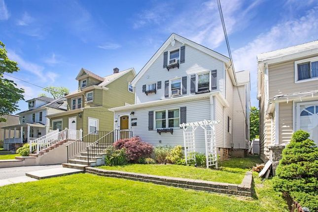 Thumbnail Apartment for sale in 23 St. Joseph Street New Rochelle, New Rochelle, New York, 10805, United States Of America