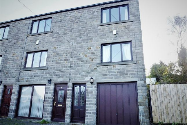 Thumbnail Town house to rent in Town End Road, Holmfirth, West Yorkshire
