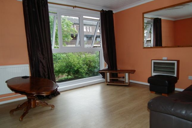 Thumbnail Terraced house to rent in Hillingdon Street, London