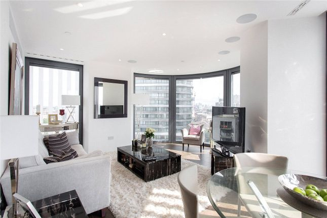 Thumbnail Flat for sale in Chronicle Tower, 261B City Road, London