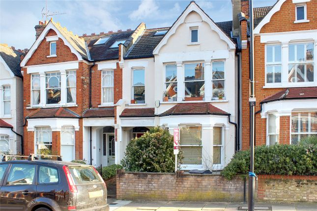 Flat for sale in Curzon Road, Muswell Hill, London, Greater London