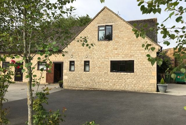 Thumbnail Office to let in Woodgrove Farm, Fulbrook, Nr Burford