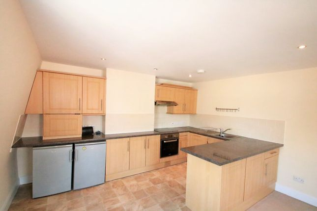 1 bed flat to rent in Brafferton Road, Croydon, Surrey