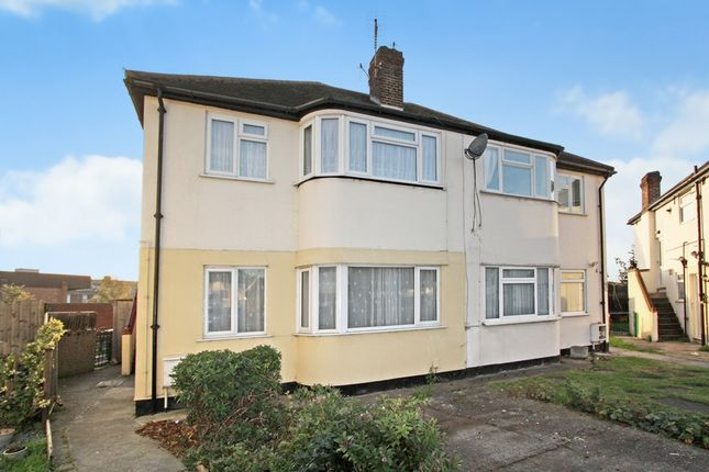 Thumbnail Maisonette to rent in Russell Close, Bexleyheath