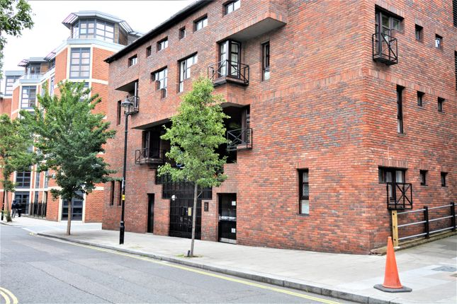Studio for sale in Moreton Street, Pimlico