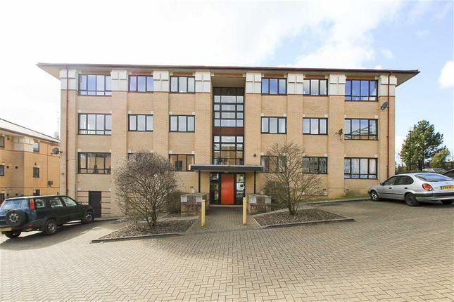2 bed flat to rent in Albion Place, Central Milton Keynes