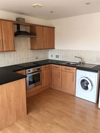 1 bed flat to rent in Concord Street, Leeds
