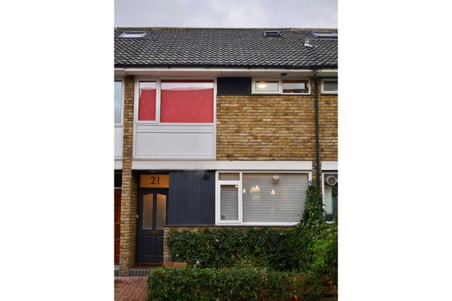 Thumbnail Terraced house for sale in Raleigh Road, Richmond